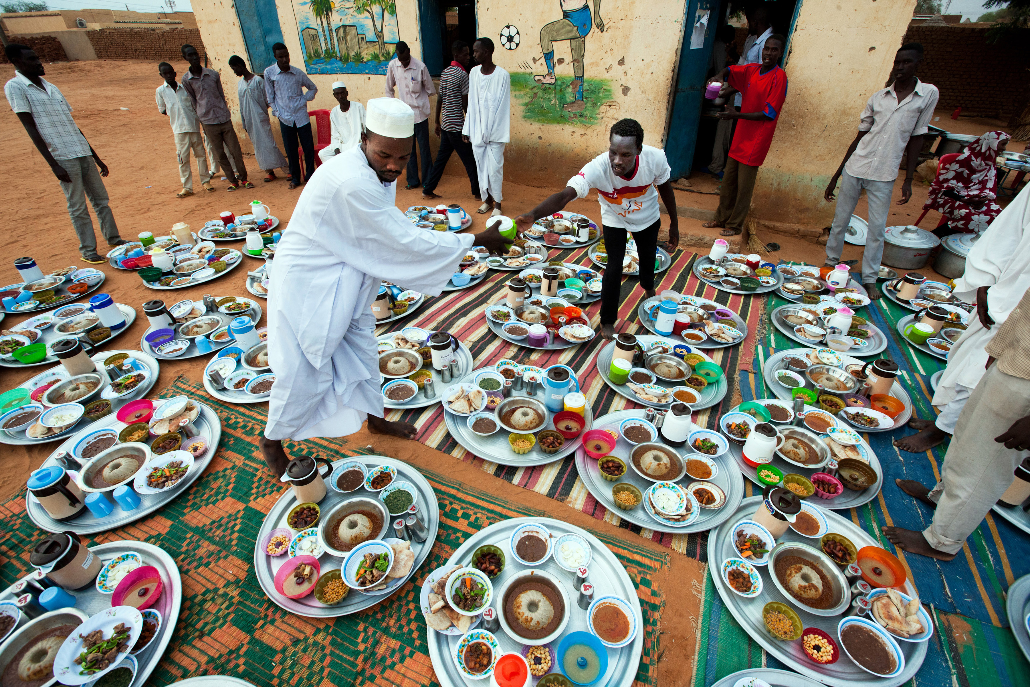 UNAMID Sponsors Iftar for Hundreds in El Fasher